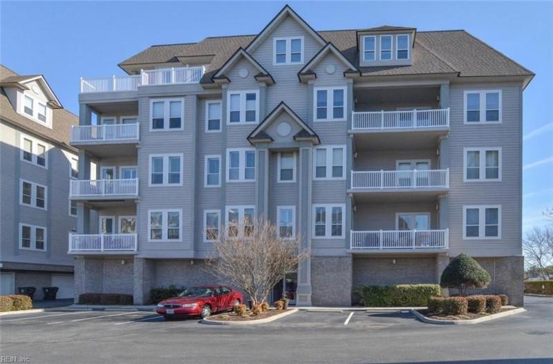 Photo 1 of 32 residential for sale in Virginia Beach virginia
