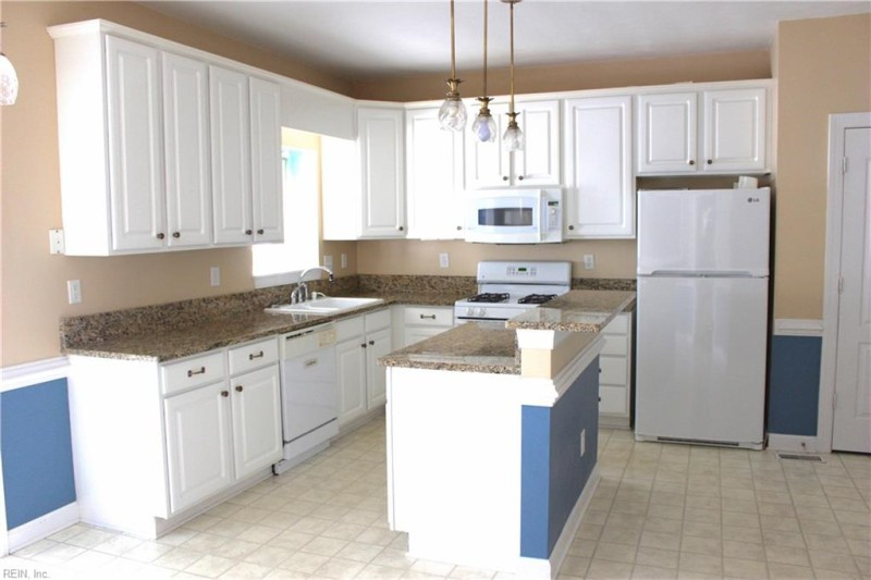 Photo 1 of 21 residential for sale in Chesapeake virginia