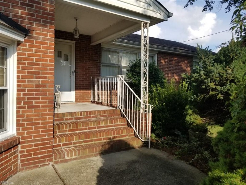 Photo 1 of 4 residential for sale in Chesapeake virginia