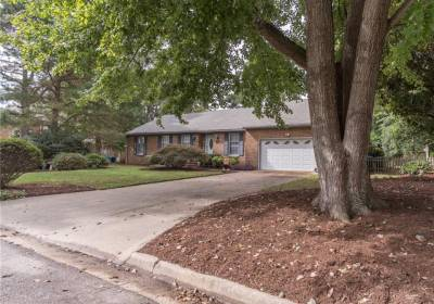 713 Suffolk Circle, Virginia Beach, VA 23452