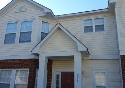 533 Track Crossing, Chesapeake, VA 23320