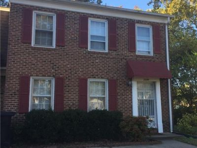 property image for 3348 Clover Hill Drive PORTSMOUTH VA 23703