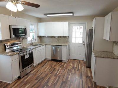 property image for 10 Walker Road HAMPTON VA 23666