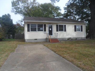 property image for 8402 Orcutt Avenue HAMPTON VA 23605