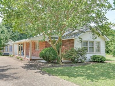 property image for 44 Saunders Road NEWPORT NEWS VA 23601