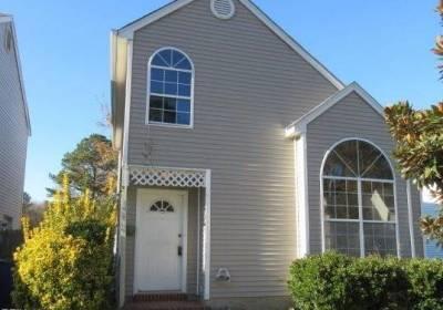 459 CHARTER OAK Drive, Newport News, VA 23608