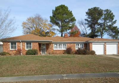 2208 Wolfsnare Drive, Virginia Beach, VA 23454