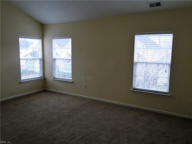 For Sale 1548 Wynd Crest Virginia Beach Va 23456 3 Beds