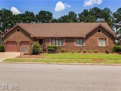 property image for 1580 Crystal Lake Drive PORTSMOUTH VA 23701