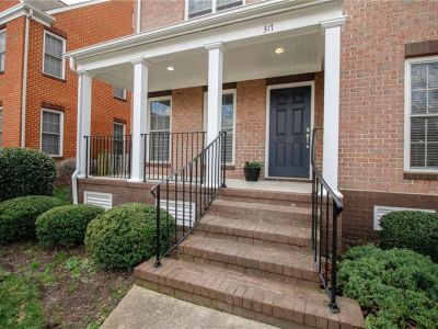 property image for 317 Herman Melville Avenue NEWPORT NEWS VA 23606