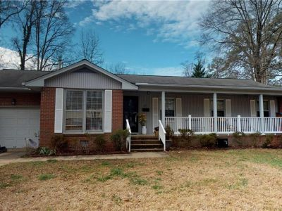 property image for 15 Effingham Place NEWPORT NEWS VA 23608