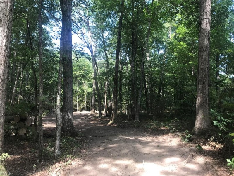 Photo 1 of 3 land for sale in Gloucester County virginia