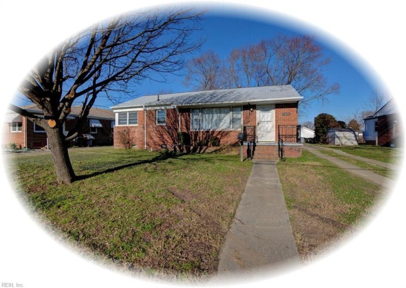 Photo 1 of 27 residential for sale in Hampton virginia