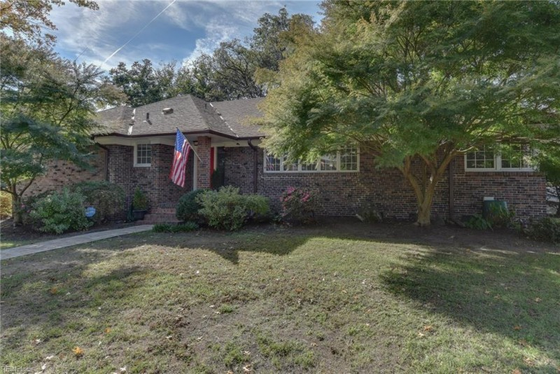 Photo 1 of 23 residential for sale in Norfolk virginia