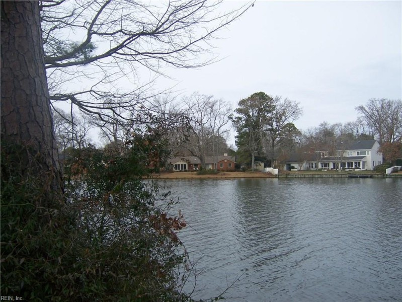 Photo 1 of 2 land for sale in Norfolk virginia
