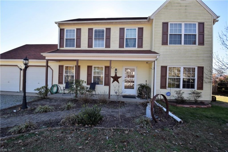 Photo 1 of 45 residential for sale in Gloucester County virginia
