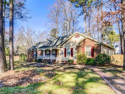 property image for 803 Smithfield Boulevard ISLE OF WIGHT COUNTY VA 23430