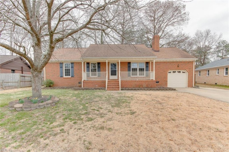 Photo 1 of 34 residential for sale in Chesapeake virginia