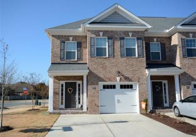 1100 Chatham Lane, Chesapeake, VA 23320