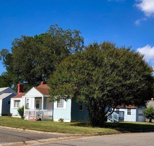 Photo 1 of 19 residential for sale in Portsmouth virginia