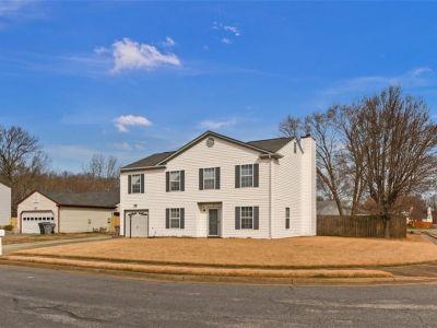 property image for 2 Lake Ovide Court HAMPTON VA 23669