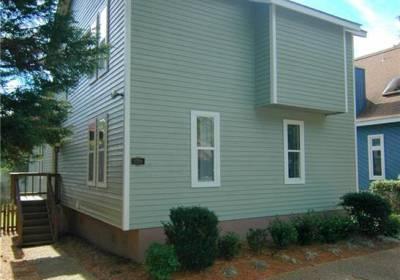 2208 Woodlawn Avenue, Virginia Beach, VA 23455