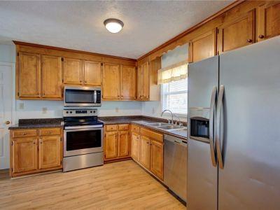 property image for 33 St Johns Drive HAMPTON VA 23666