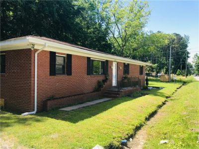 property image for 4837 Townpoint Road SUFFOLK VA 23435