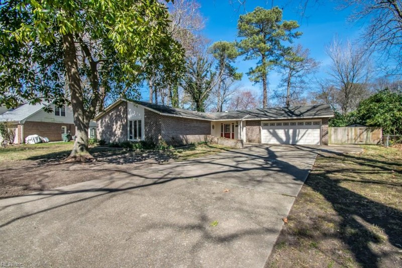 Photo 1 of 40 residential for sale in Hampton virginia