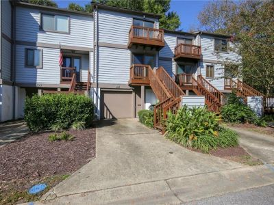 property image for 104 Mill Point Drive HAMPTON VA 23669