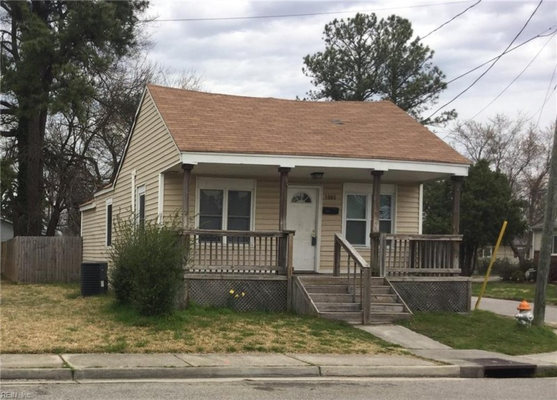 Photo 1 of 10 residential for sale in Portsmouth virginia