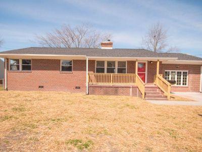 property image for 40 Moss Avenue HAMPTON VA 23669