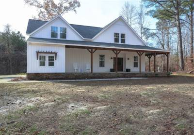 300A Holly Point Road, York County, VA 23692