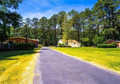 8 AC Shillelagh Road, Chesapeake, VA 23322
