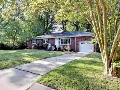 property image for 34 Roberta Drive HAMPTON VA 23666