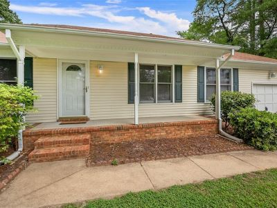 property image for 9 Windy Pines Crescent PORTSMOUTH VA 23703