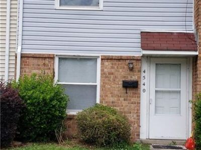 property image for 4540 Greenwood Drive PORTSMOUTH VA 23701