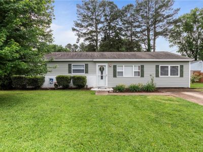 property image for 2825 Country Club Drive SUFFOLK VA 23435