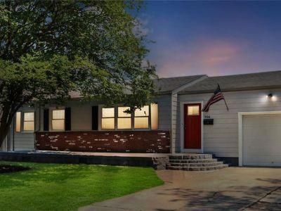 property image for 904 Stratford Hall Drive VIRGINIA BEACH VA 23452