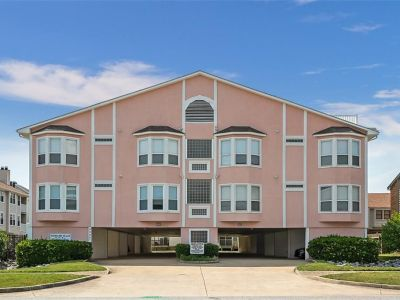 property image for 2325 Great Neck Road VIRGINIA BEACH VA 23451