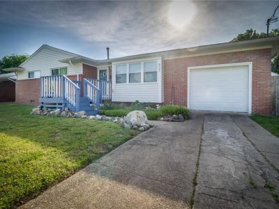 property image for 8121 Walters Drive NORFOLK VA 23518