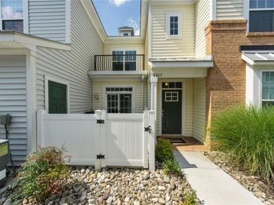property image for 8263 Captains Way NORFOLK VA 23518