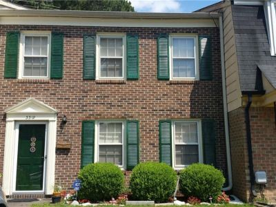 property image for 3319 Clover Hill Drive PORTSMOUTH VA 23703