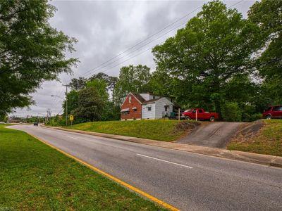 property image for 15671 Warwick Boulevard NEWPORT NEWS VA 23608