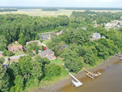 property image for 5010 Riverfront Drive SUFFOLK VA 23434