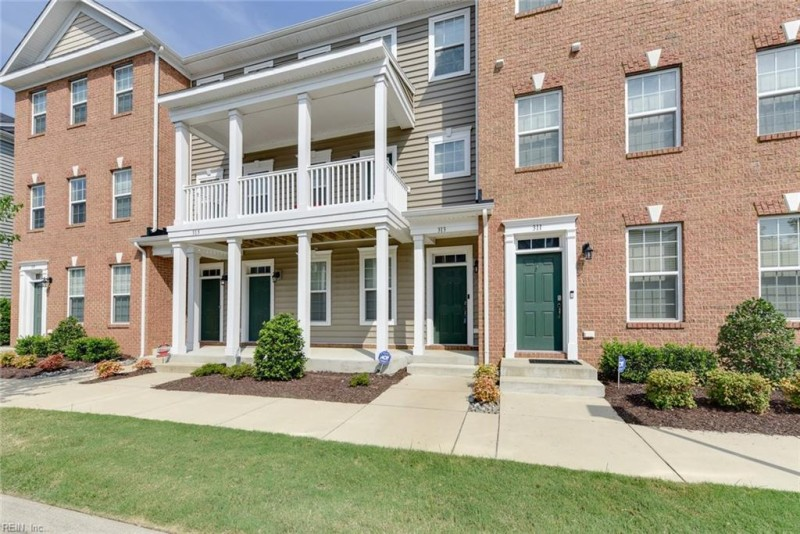 Photo 1 of 36 residential for sale in Hampton virginia