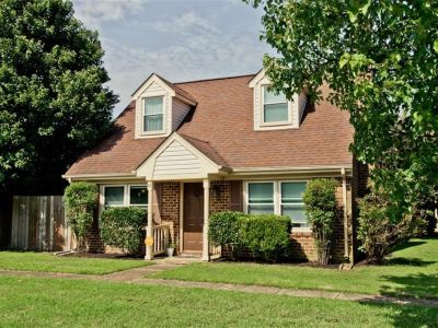 property image for 14 Glascow Way HAMPTON VA 23669