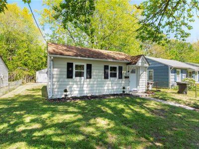 property image for 422 Smiley Road HAMPTON VA 23663