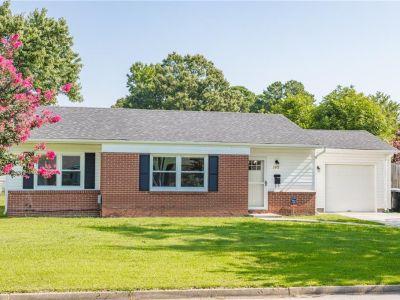 property image for 3912 Colonial Parkway VIRGINIA BEACH VA 23452