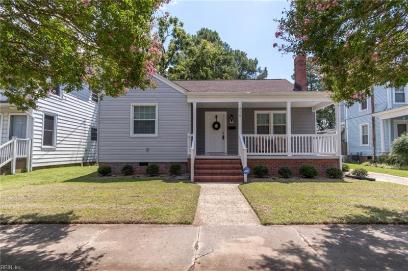 Photo 1 of 50 residential for sale in Suffolk virginia